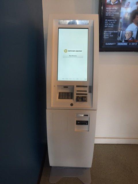 Indicazioni stradali per Bitstop Bitcoin ATM, Donald Lee Hollowell Pkwy NW, , Atlanta - Waze