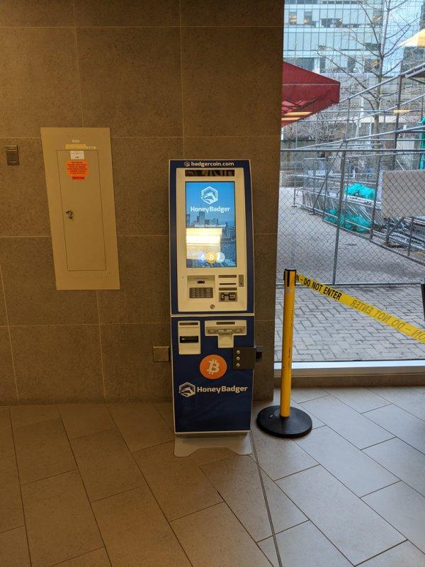 bitcoin machine belváros toronto)